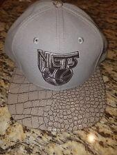 Men's New Era Vize Skinz Snapback Hat Cap Vintage Logo NJ Brooklyn Net's