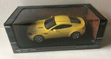 Hot Wheels Aston Martin V8 Vantage Yellow 1:18 Scale Diecast 2004 Release NIB