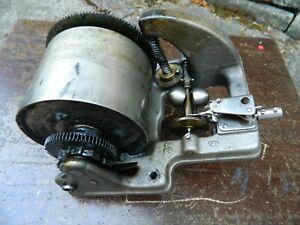 HMV  No 32 Double Spring  Gramophone Motor