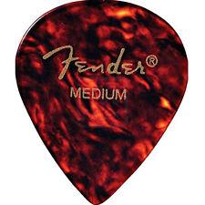 Fender 551 Classic Celluloid Medium Plectrum (Shell)
