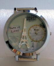 Montre fantaisie femme ou adolescente cadran décoré Tour Eiffel,  bracelet inox
