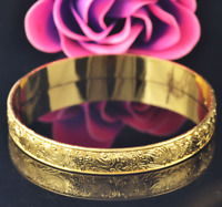 Bracelet 9ct Gold Traditional Engraved Style Bangle Summer Gift Holiday
