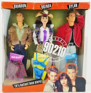 Mattel Beverly Hills 90210 Gift Set of 3 Dolls & Beach Wear Brandon Brenda Dylan
