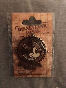 Disneyland Paris Mickey Mouse Compass Pin Badge Globe DLP Disney Pin
