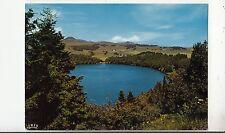 BF31875 lac pavin p de o lac de cratere le plus beau d a france front/back image
