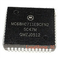 1PCS MC68HC711 MC68HC711E9 MC68HC711E9CFN2 2MHz MCU new