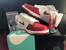 Supreme X Nike Sb Dunk Low Og Skate Shoe Red And White Size 11 US.