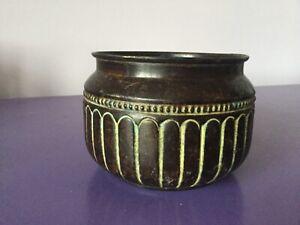 Quality Antique Copper Planter. Plant Pot Jardiniere