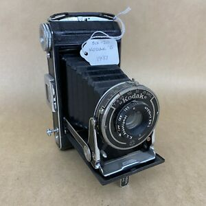 Kodak Six-20 B 1937 Vintage Folding Camera