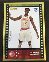 2019-20 Panini Sticker & Card De'Andre Hunter Rc Rookie Card Gold 02/10 non auto
