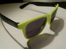 PINK Victoria Secret Spring Break Wayfarer Sunglasses Black & White Black Lens