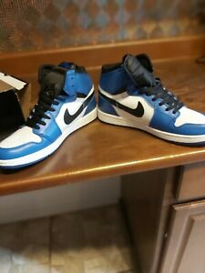 Jordan 1 retro royale blue size  9.5