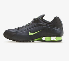 Nike SHOX R4 Running Shoes NIB NEW Men's Authentic Sneakers 104265-055