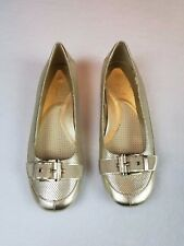 Coldwater Creek by Aerosoles Gold Flat Shoes Size 8.5 Buckle Leather Upper NWOT