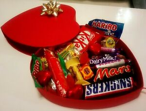 BIG CHOCOLATE HEART GIFT BOX GIRLFRIEND BOYFRIEND BIRTHDAY VALENTINES HER Xmas