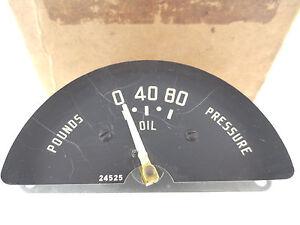 NOS Oil Pressure Gauge 1949 Plymouth Deluxe 49 Special Delux P15S P15C P17 P18