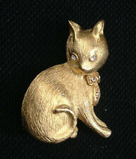 Kitty Cat Sitting Kitten Brooch Pin Vtg Crystal Rhinestone & Brushed Gold Tone