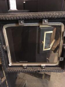 Keystoker Coal Stove Glass (Includes glass, gasket, clips/screws)