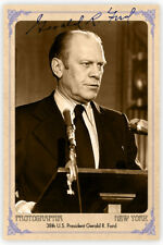 GERALD R. FORD President Cabinet Card Photograph Vintage Autograph RP