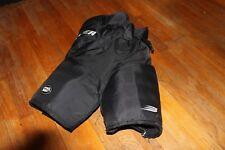 New listing Bauer Protective Hockey Pants. Size Large - Vapor 6 Jr