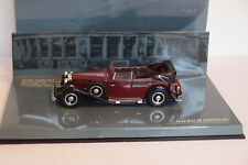 MINICHAMPS MAYBACH ZEPPELIN RED/BLACK 1/43