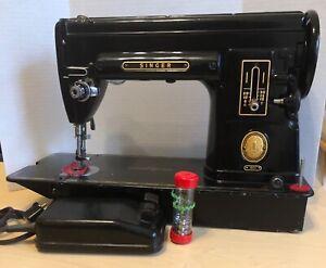 Vintage Singer 301 Sewing Machine Black, Slant Needle, 1952 NAO87000