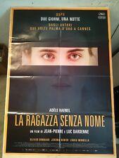 Manifesto Film LA RAGAZZA SENZA NOME (2016) Poster Movie Original Cinema 100x140