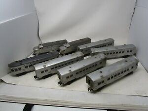 """Vintage LIONEL No. 2023 UNION PACIFIC TRAIN PASSENGER SET W/LOCOMOTIVES """"O"""""""