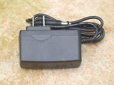 Fluke Scopmeter AC Adapter/Charger for ScopeMeters Series 92 thru 99,105,123/4/5