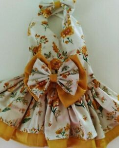 DOG DRESS/HARNESS   GOLD FLOWER WITH MATCHING HAIR BOW NEW  FREE SHIPPING
