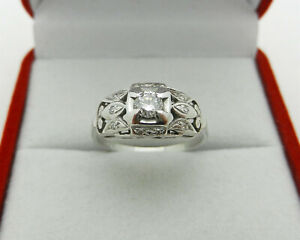 Antique Art Deco Filigree 0.25 tcw Diamond Engagement Ring 14k White Gold