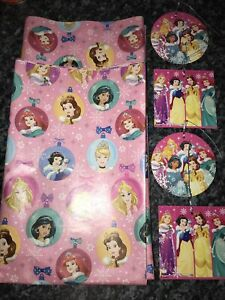 Official Disney Princess 4M x 69cm Christmas Flat Wrapping Paper & 4 Large Tags