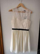 Vestido de encaje crema Asos // Asos lace cream dress