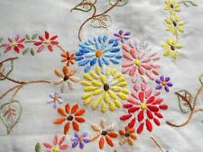 "1 VINTAGE TABLECLOTH HAND EMBROIDERY IVORY LINEN DAISY ECRU FLOWER 40"" SQUARE"