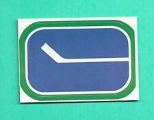 (1) VANCOUVER CANUCKS 1972-73 O-PEE-CHEE SERIE 1 LOGO CREASED CARD (V2382)