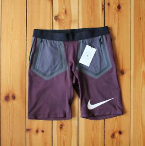 Nike LAB x Undercover Gyakusou Running Shorts Hose Rot Gr. L NEU BQ3252 643