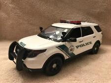 1/18 SCALE DIECAST NEW YORK STATE PK POLICE  FORD SUV W/WORKING LIGHTS AND SIREN