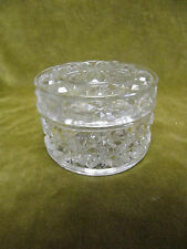 boite ronde cristal baccarat  (baccarat crystal round box)