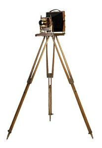 "c1904 Houghton ""Triple Victo"" half-plate field camera with rare original tripod"