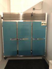 """Traulsen G31011 77"""" Reach G Series Solid Door Reach-In Freezer"""