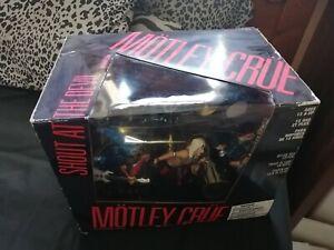 Motley Crue - Shout at the Devil Deluxe Boxed Figure Set Mcfarlane Toys.