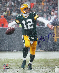 Packers AARON RODGERS Signed 16x20 Photo #2 AUTO - SB XLV Champ - NFL MVP