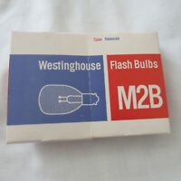Vintage Lot of 12 Westinghouse Flash Bulbs M2B, 4 GE No 5 Flash Bulbs 6 GE Cubes