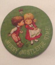Christmas / Holiday Pin - Merry Mistletoe Time!