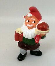 Figurine Ferrero Kinder - Nain de Jardin Gnome avec chope à bière et volaille