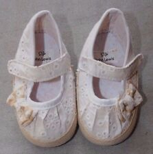 BABY GIRL JOHN LEWIS 3-6 MONTHS BEIGE OFF WHITE PRAM SHOES LACE SANDALS WITH BOW