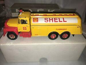 "FIRST GEAR Mack R-model Fuel Tanker 19-2281 Shell Oil MINT IN THE BOX!!  ""RARE"""