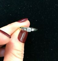 Antique 14k Yellow Gold 0.15ct Diamond Engagement Women's Ring Size 5.75