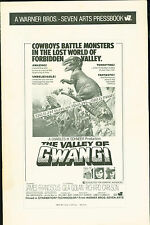 the Valley of Gwangi 1969 press book  James Franciscus, Gila Golan Harryhausen