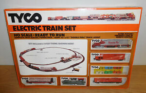 TYCO HO GAUGE TRAIN SET #7329 SANTA FE DIESEL ALCO SUPER ACTION FREIGHT CAR NEW